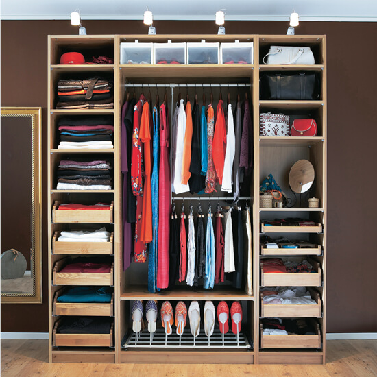 como organizar suas roupas